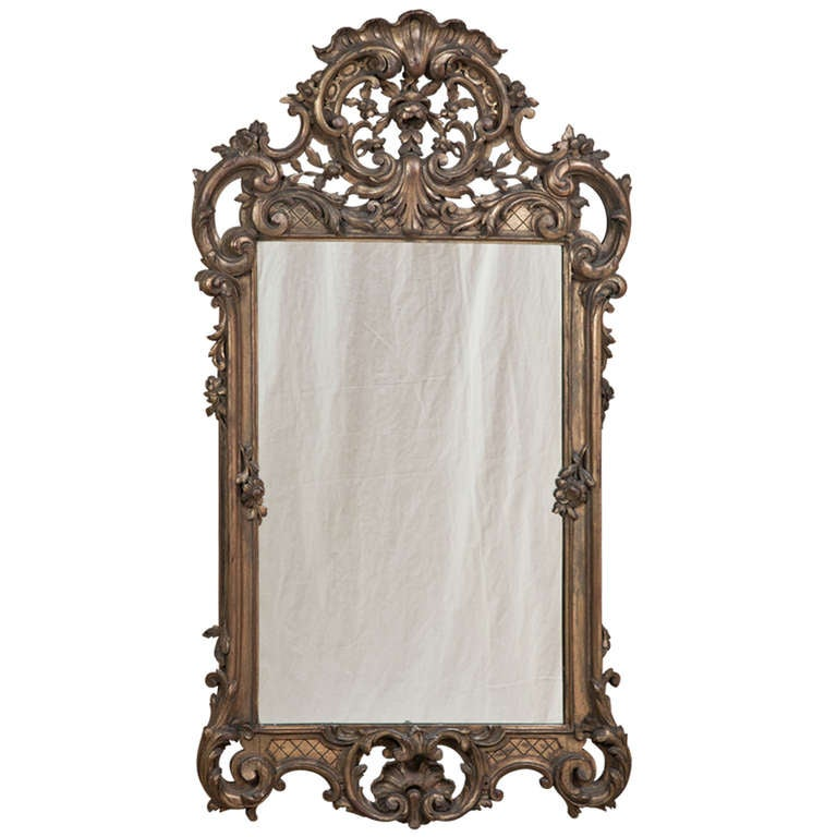 Antique italian baroque gilded mirror at 1stdibs for Gilded baroque mirror