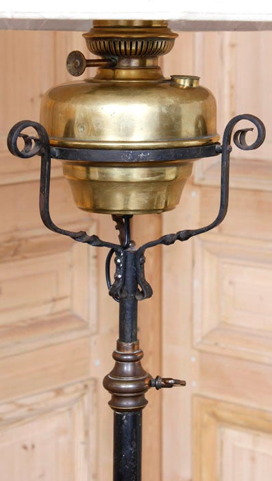 antique country french wrought iron oil lantern floor lamp. Black Bedroom Furniture Sets. Home Design Ideas