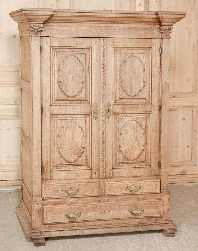 19th century petit country french oak stripped armoire at. Black Bedroom Furniture Sets. Home Design Ideas