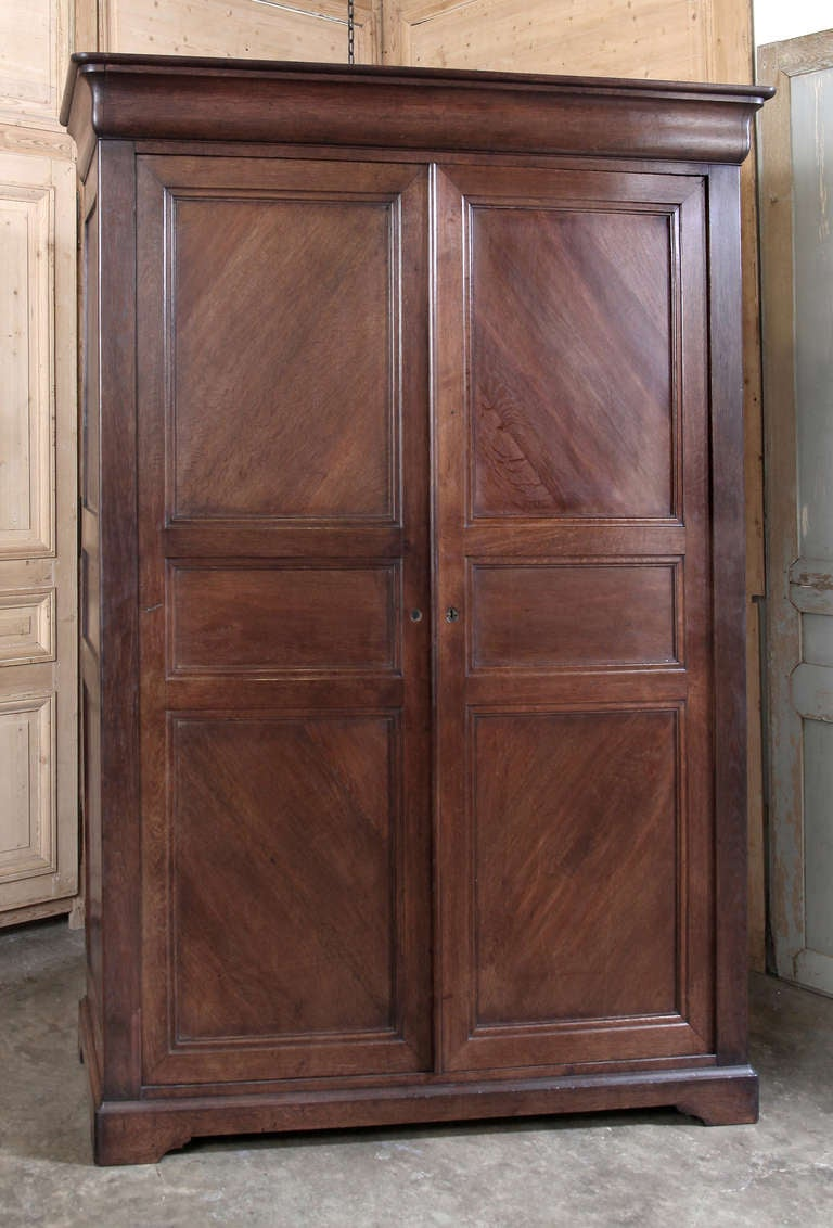antique french louis philippe armoire at 1stdibs. Black Bedroom Furniture Sets. Home Design Ideas