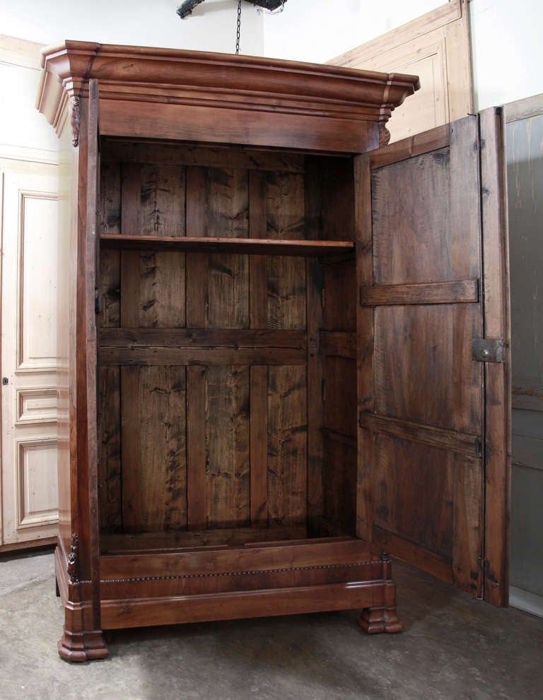 antique french louis philippe walnut armoire at 1stdibs. Black Bedroom Furniture Sets. Home Design Ideas
