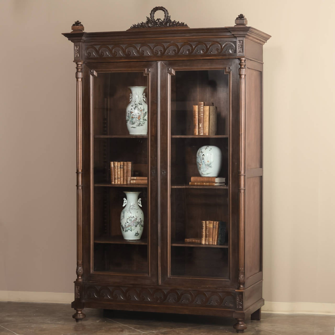 antique french louis xvi armoire at 1stdibs. Black Bedroom Furniture Sets. Home Design Ideas
