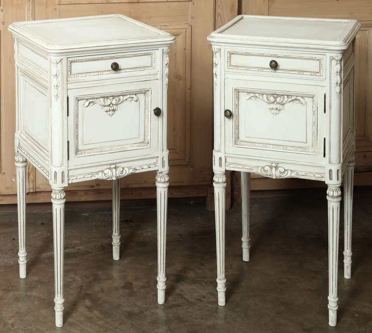 Pair Of Vintage French Louis XVI Painted Night Stands At