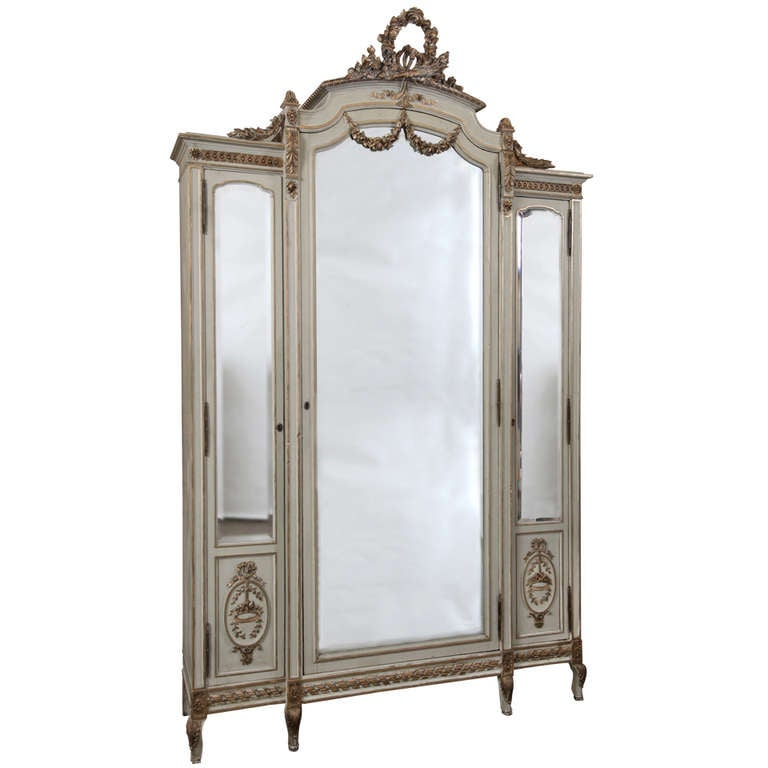 stunning grand louis xvi triple armoire at 1stdibs. Black Bedroom Furniture Sets. Home Design Ideas