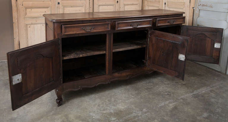 18th Century Country French Buffet At 1stdibs