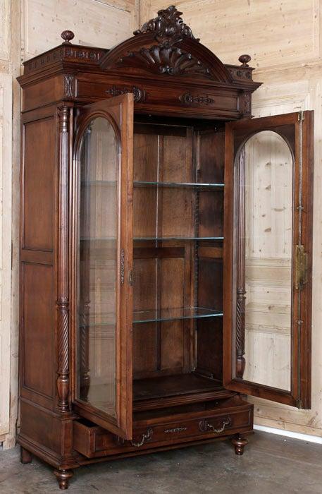 antique henri ii walnut armoire at 1stdibs. Black Bedroom Furniture Sets. Home Design Ideas