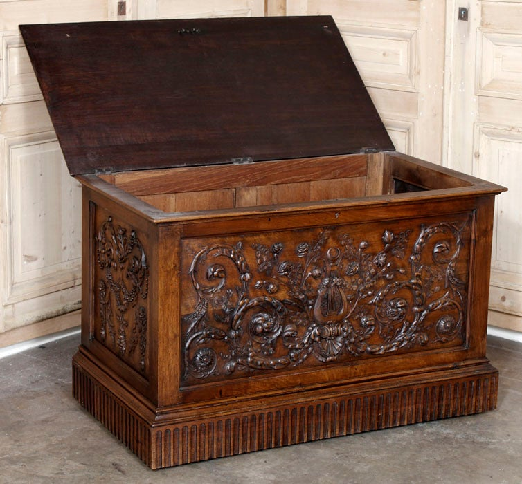 Antique Henri II Walnut Trunk image 2
