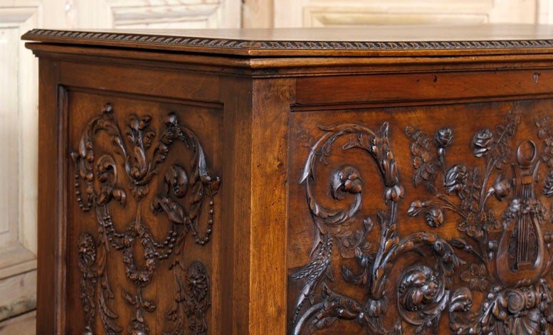 Antique Henri II Walnut Trunk 3