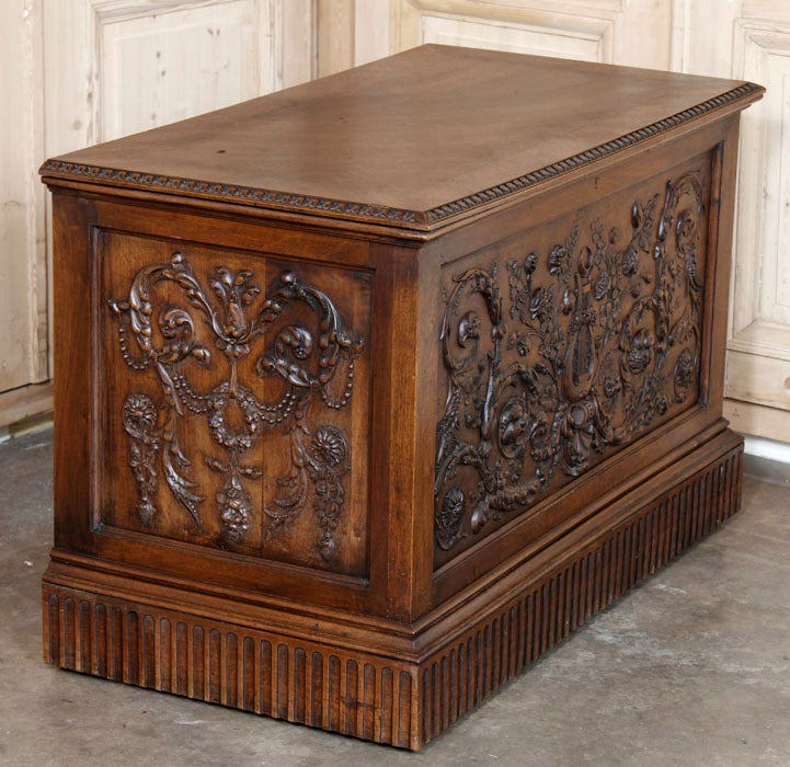 Antique Henri II Walnut Trunk image 6