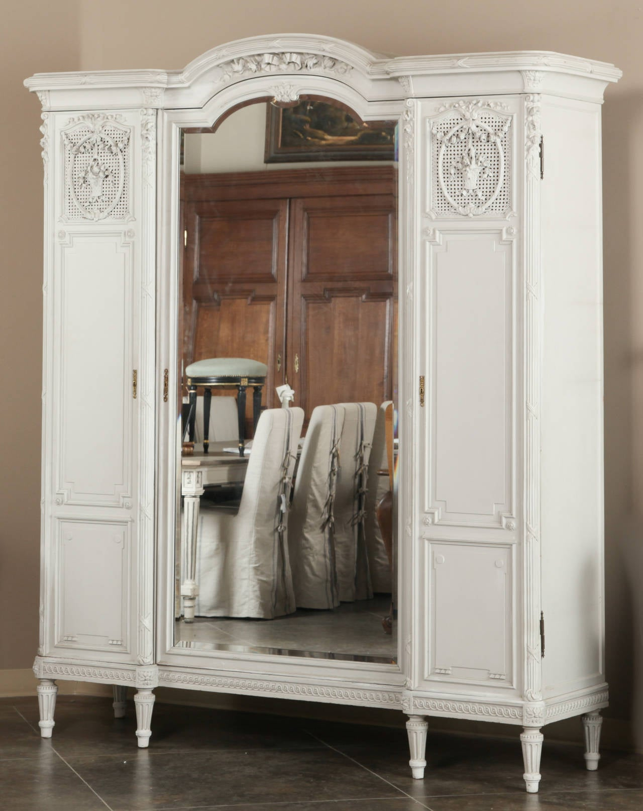 antique french louis xvi painted bedroom suite at 1stdibs