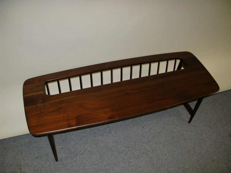 Unusual tony paul walnut coffee table magazine holder at for 13 a table magasin