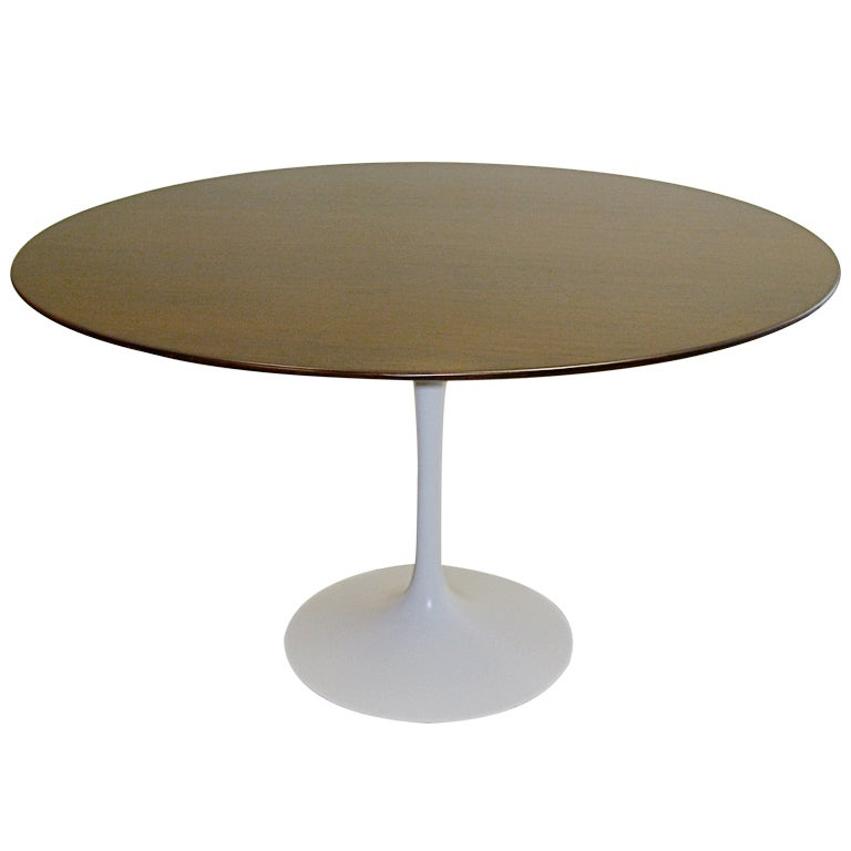 1950 Saarinen for Knoll 48 inch Walnut Tulip Table For Sale