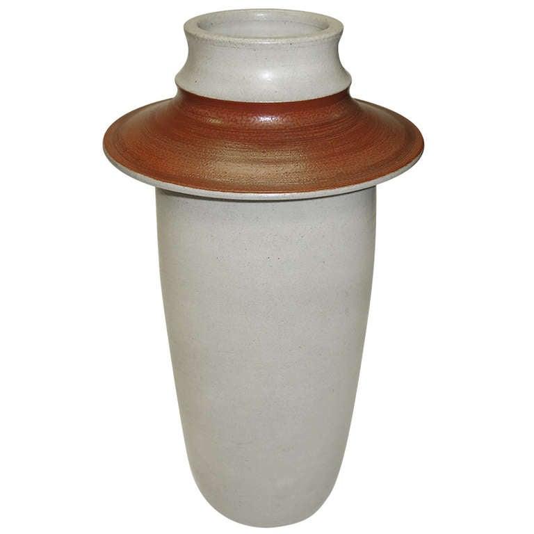 1970 large kaehler vase by carl cunningham cole at 1stdibs. Black Bedroom Furniture Sets. Home Design Ideas