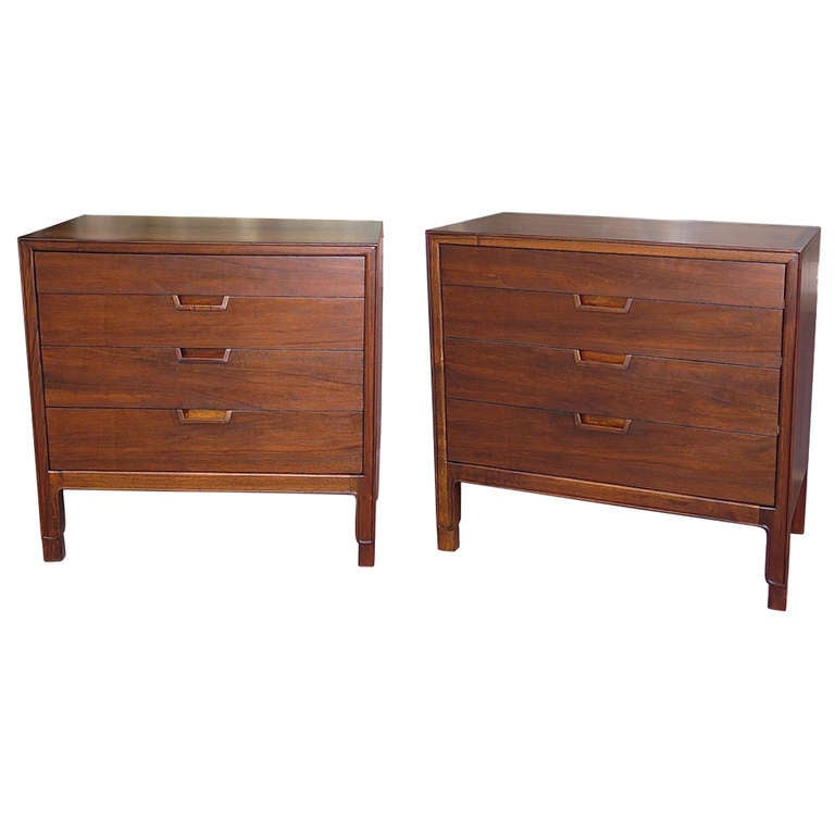Excellent 1950 John Stuart Janus Collection Pair of Walnut Dressers
