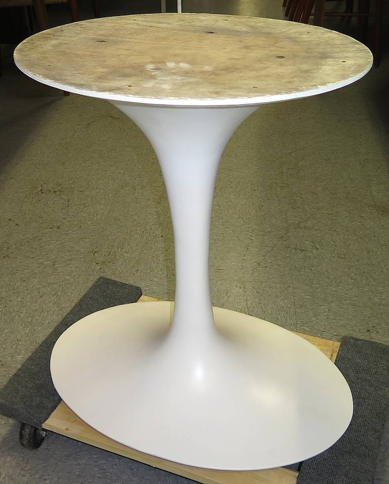 Saarinen Oval Table Base At Stdibs - Saarinen tulip table base only