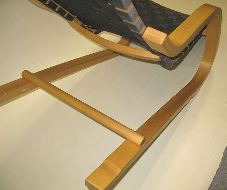 Fabulous 1970 alvar aalto lounge chair at 1stdibs for Alvar aalto chaise lounge