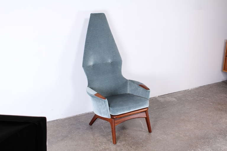 Adrian Pearsall High Back Chair In Good Condition In Hamburg, PA