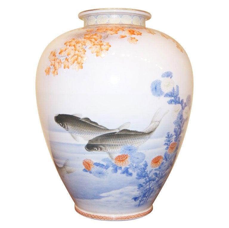 Japanese fukagwa koransha porcelain vase with koi fish for Koi fish vase