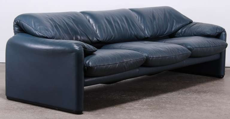 pair of vico magistretti cassina maralunga leather sofas at 1stdibs. Black Bedroom Furniture Sets. Home Design Ideas