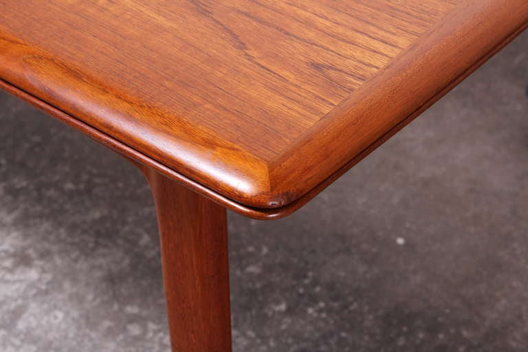 Danish Teak Mid Century Modern Moller Style Dining Table  : IMG4545l from 1stdibs.com size 768 x 512 jpeg 39kB