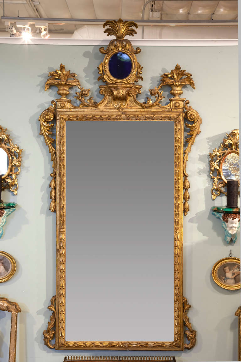 Antique gilt carved mirror for sale at 1stdibs for What is a gilt mirror