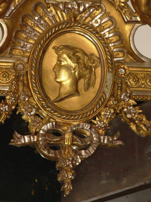 Gesso American 19th Century Victorian G. Herter Gilt Figural Mirror For Sale
