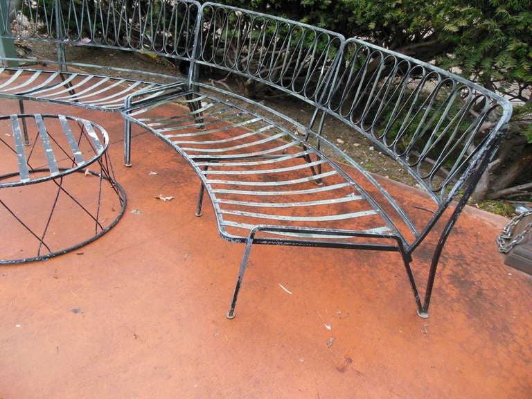 Salterini Tempistini Wrought Iron Ribbon Pattern Patio