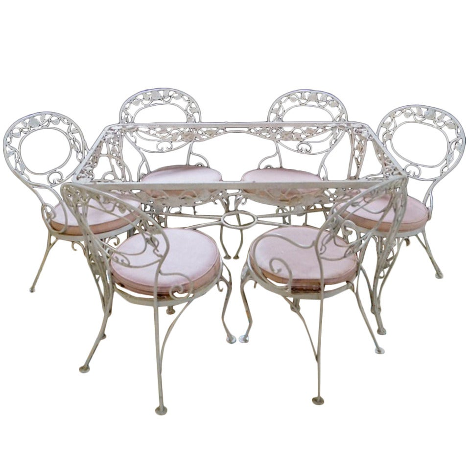 Patio dining set woodard wrought iron chantilly rose for Woodard outdoor furniture