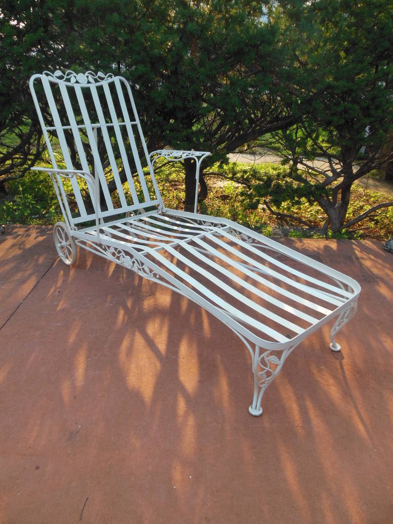 Patio set wrought iron by woodard at 1stdibs for Woodard outdoor furniture