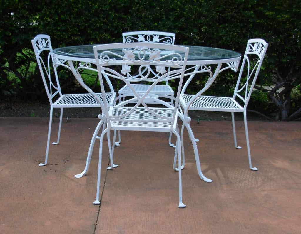 Salterini 5 Pc Dining Set In The Mt Vernon Pattern At 1stdibs