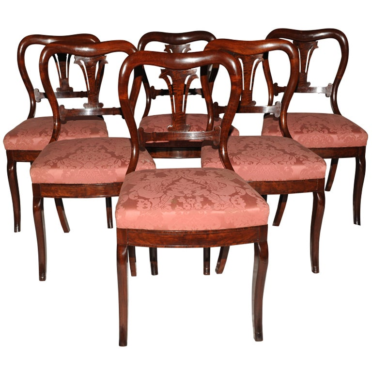Duncan phyfe antique set of 6 dining chairs at 1stdibs for Antique dining room furniture