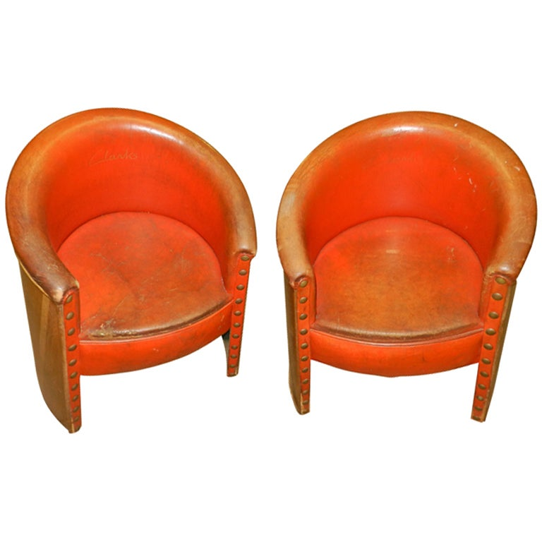 Pair of Original Art Deco Leather Tub Chairs at 1stdibs