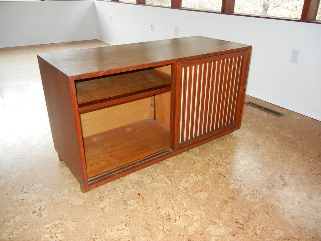 George Nakashima Sliding Pandanus Door Cabinet In Excellent Condition For Sale In Los Angeles, CA