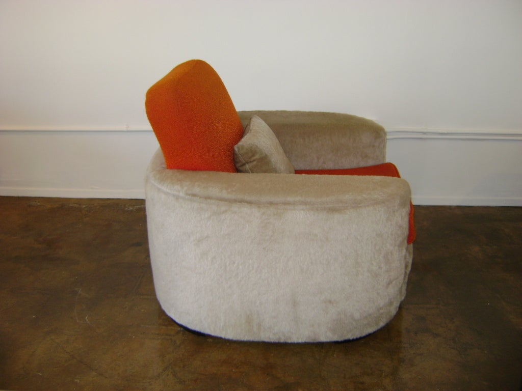 Important Paul Frankl Lounge Chair In Fair Condition For Sale In Los Angeles, CA