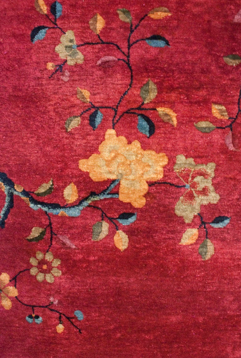 Chinese Art Deco Rug In Excellent Condition For Sale In Chicago, IL
