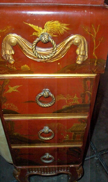 English Chinoiserie Or Japanned Makeup Vanity Or Dressing