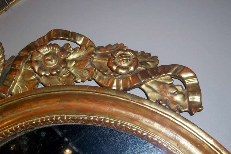 Gesso Italian or French Giltwood Mirror with Putti or Cherubs in Lemon Gilt For Sale