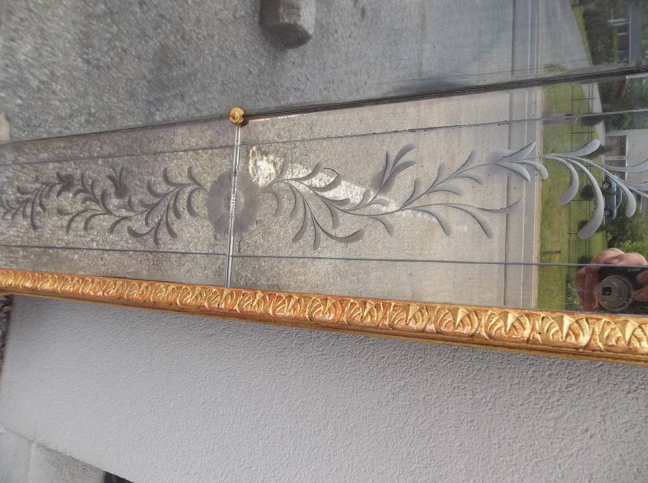 Italian Trumeau Mirror with Venetian Etched Floral Plates and Floral Oil For Sale 3