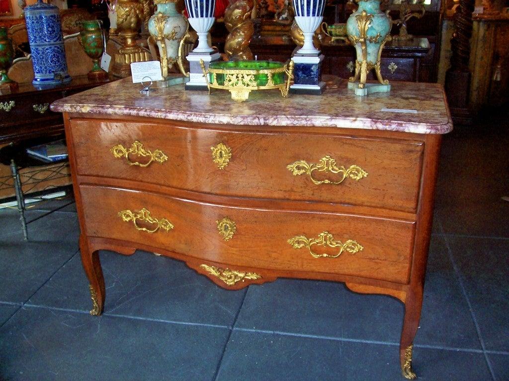Late 18th Century Italian Walnut Rococo Period Commode For Sale