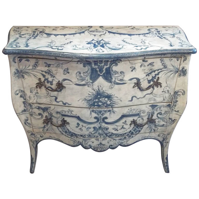 Italian blue and white painted commode in 18th century for Italian painted furniture