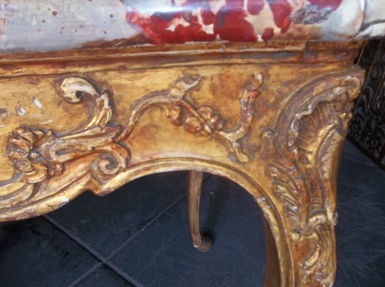 Louis XV Style Giltwood Side Table For Sale at 1stdibs