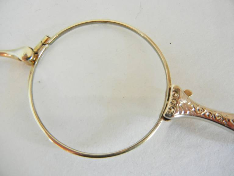Hand-Crafted Folding Antique Lorgnette in 14-Karat White Gold For Sale
