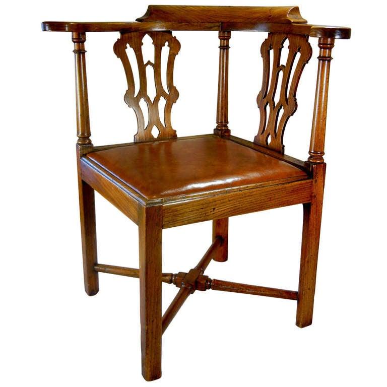 Chippendale Corner Chair Corner Chair in Elmwood