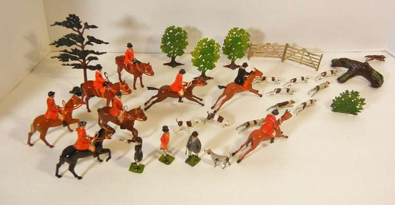 Fox Hunt Vignette of 30 Assembled Toy Figures by Britains Ltd., England 1920-60 For Sale 2