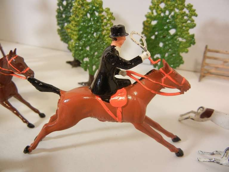 Fox Hunt Vignette of 30 Assembled Toy Figures by Britains Ltd., England 1920-60 For Sale 1