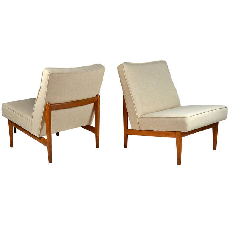 Floating Danish Modern Teak Lounge Chairs at 1stdibs