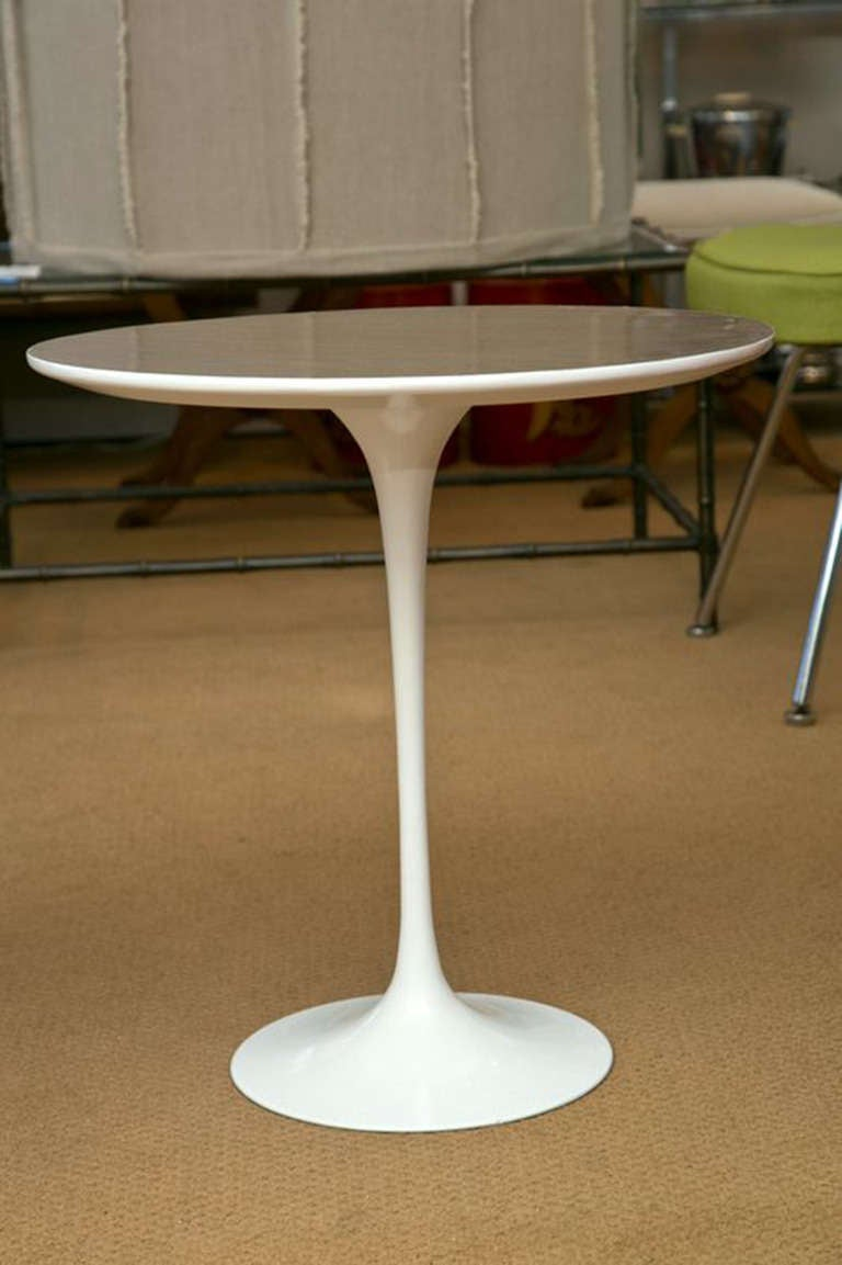 Saarinen Tulip End Table For Sale at 1stdibs