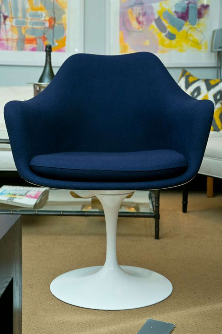Vintage Eero Saarinen Tulip Swivel Chair At 1stdibs
