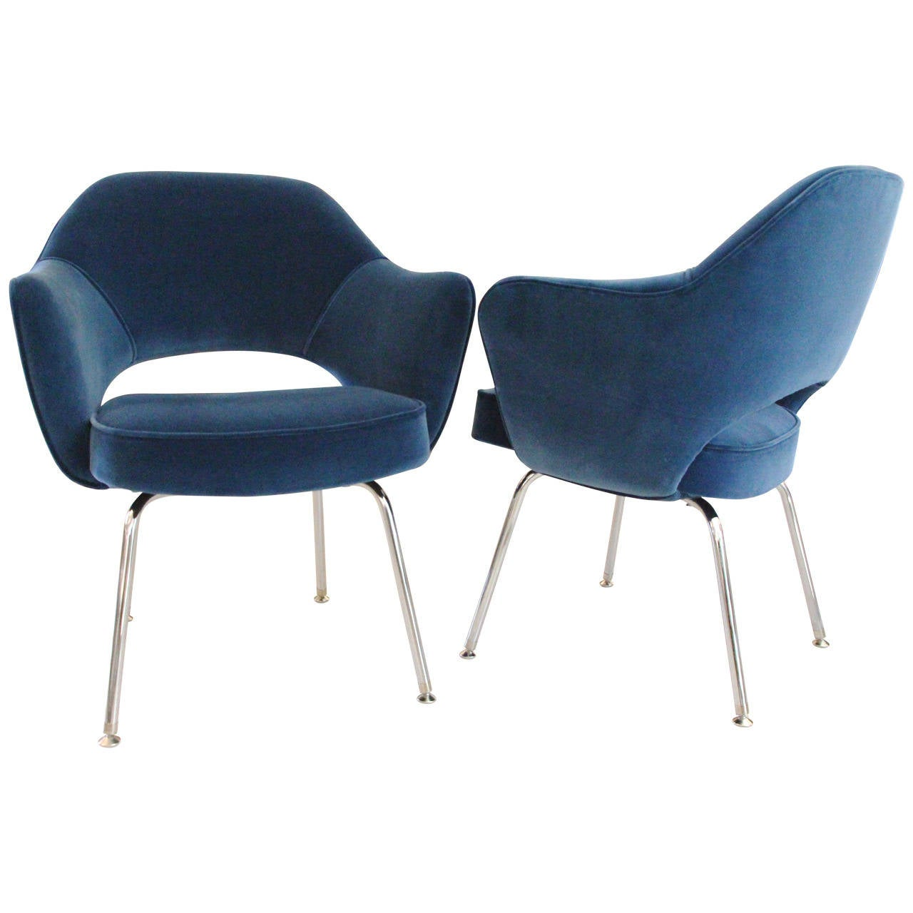 Saarinen Executive Armchairs Pair   Royal Blue Velvet For Sale