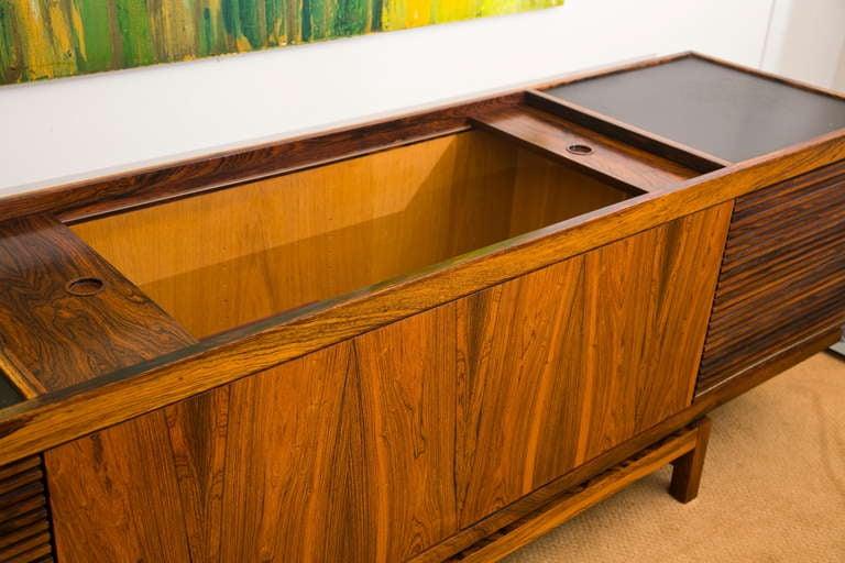 Vintage 1960u0027s Stereo Cabinet 2